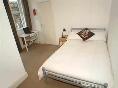 Picture of the bedroom in this Plymouth student flat